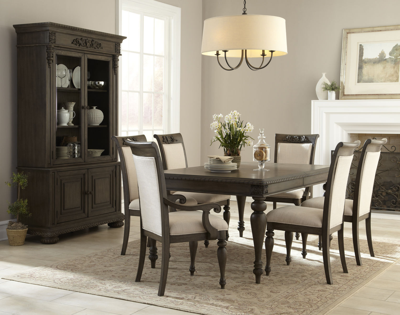Klaussner Versailles Dining Room Leg Table2 Arm Chairs4 Side Chairs 158500 Hutch Buffet 92500